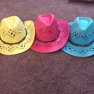Ladies straw cowboy hats!!  Sooooo cute!!